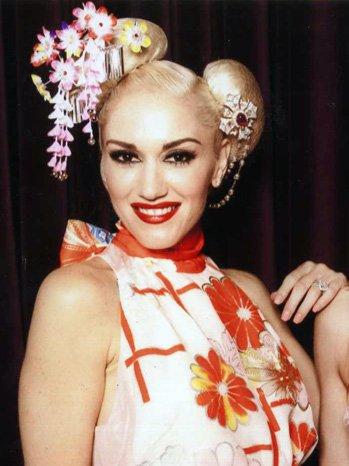 geisha moderna makeup