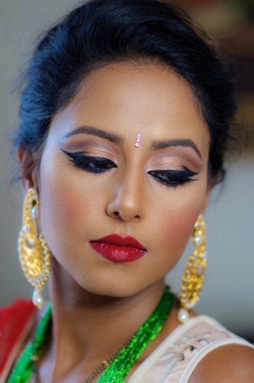 Maquillaje HINDÚ y el bindi