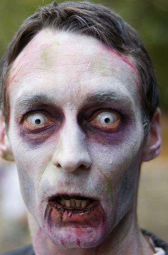 maquillaje zombie muerto