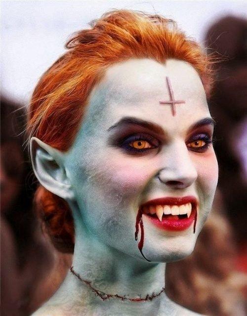 Maquillaje vampiresa demoníaca