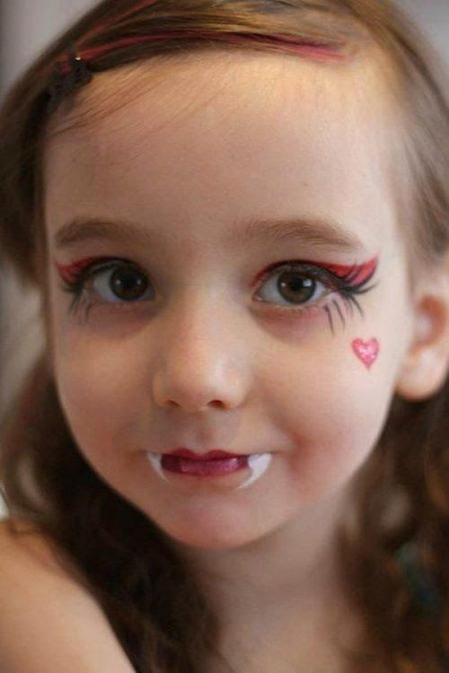 Maquillaje infantil niña vampira