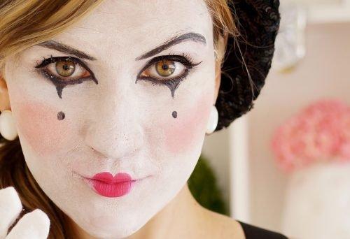 Maquillaje con lágrimas