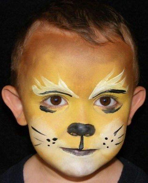 Maquillaje de león para niños