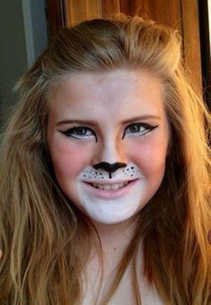 Maquillaje de león Suave