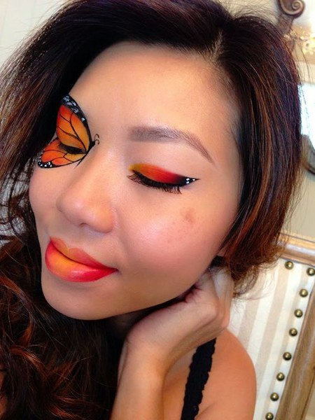 Maquillaje de Mariposa Cautivante