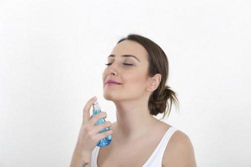 Fijador de maquillaje como aplicar