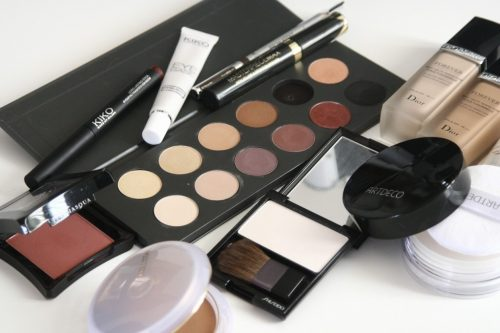 maletín para maquillaje y esenciales