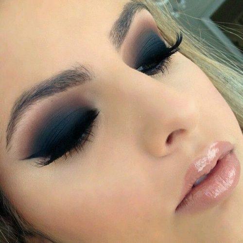 maquillaje ojos ahumados tonos azules