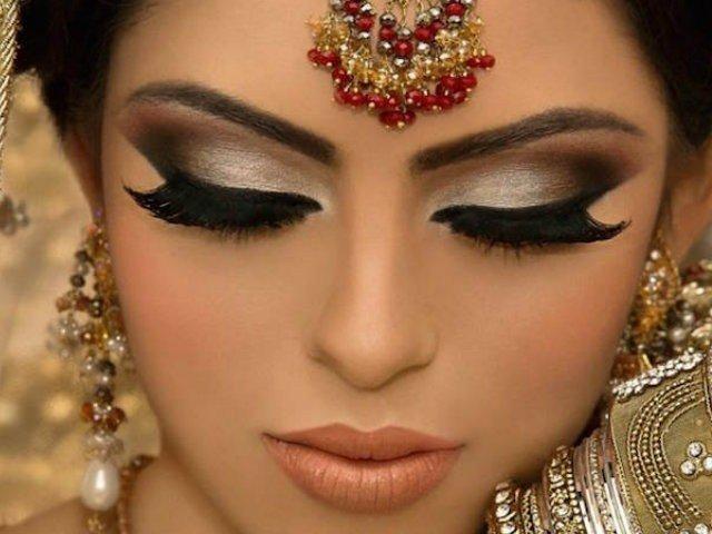 Maquillaje INDIO 11
