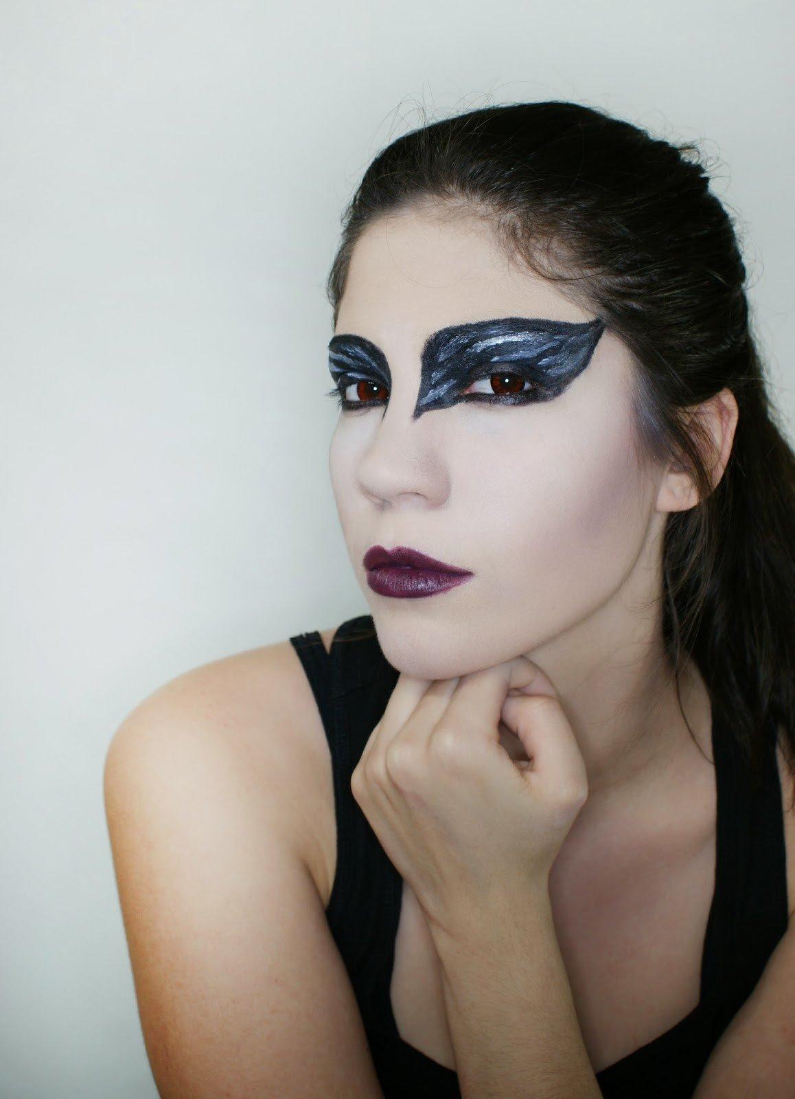 Maquillaje cisne negro 10